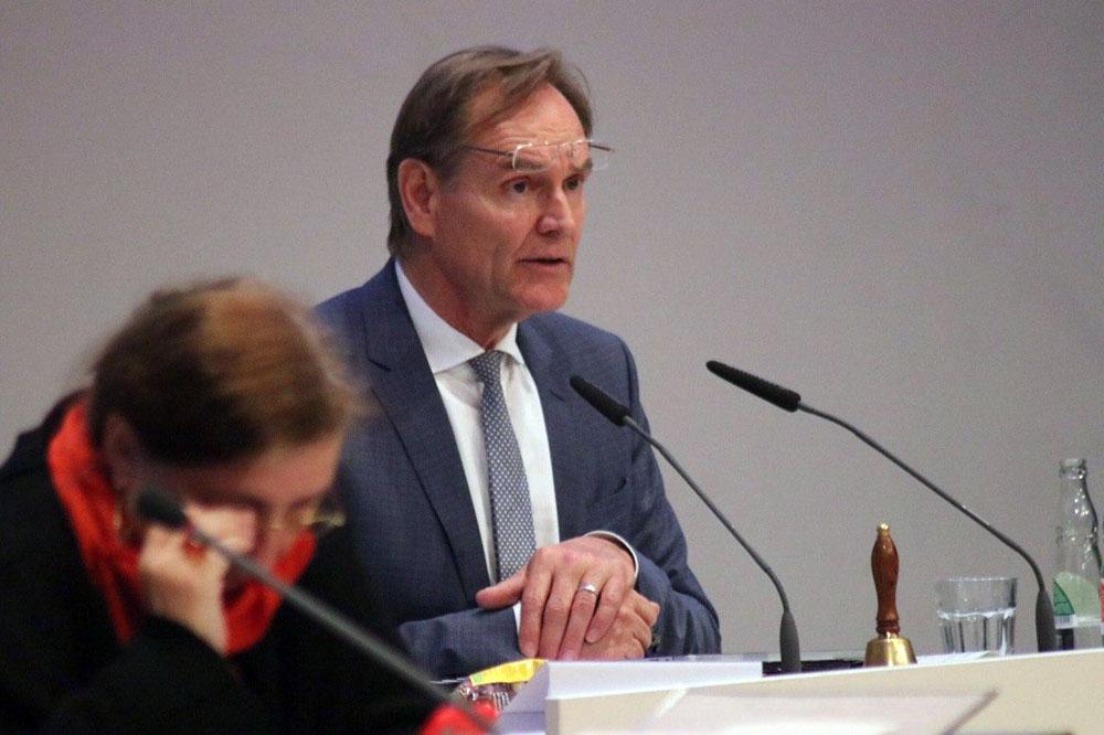Burkhard Jung in der Ratsversammlung am 28. Mai 2020. Foto: L-IZ.de
