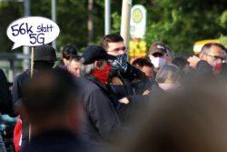 Der Gegenprotest bei der Bewegung eher für 5G und schnelle Netze in Zeitend er Digitalisierung. Foto: Michael Freitag