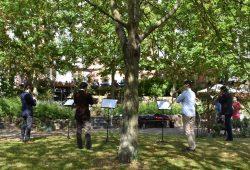 """Gartenkonzert in der ASB-Senioreneinrichtung Haus """"Am Silbersee"""" in Leipzig-Lößnig mit Musikern des Gewandhausorchesters am 08.05.2020. © ASB Leipzig"""