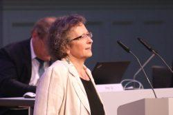 Versuchte nach den Auseinandersetzungen um das Sportforum zur OB-Wahl zu versöhnen (siehe Video): Stadträtin Sabine Heymann (CDU). Foto: L-IZ.de