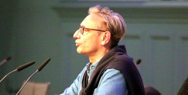 Tim Elschner (B90/Die Grünen) führte am 20. Mai 2020 noch einmal zum Thema Erbpacht für RB Leipzig am Sportforum in die Debatte ein. Foto: L-IZ.de