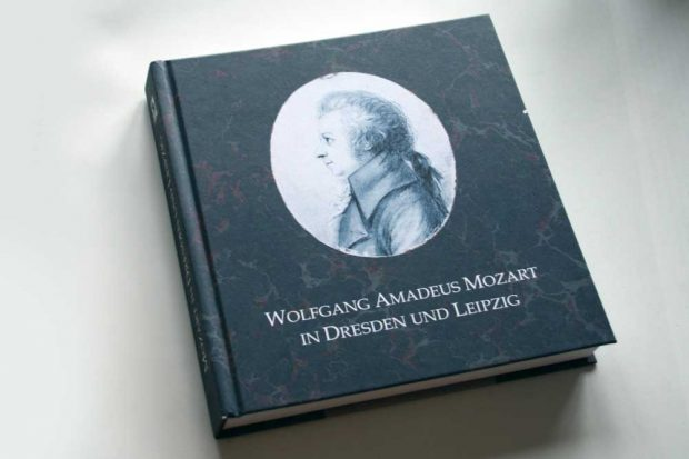 Helmut Loos (Hrsg.): Wolfgang Amadeus Mozart in Dresden und Leipzig. Foto: Ralf Julke