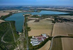 Blick zur Magdeborner Halbinsel (Bildmitte). Foto: Foto: LMBV / Peter Radke
