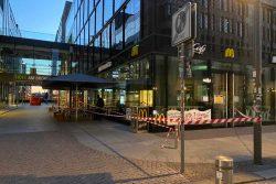 Abgesperrte McDonald's-Filiale am Brühl. Foto: Animal Rebellion Leipzig
