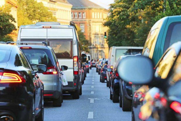 Nach der Corona-Krise: Deutsche fahren lieber Auto als Bus und Straßenbahn. Foto: Kapsch TrafficCom