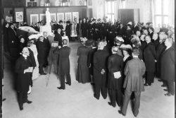 Atelier Hermann Walter: Markt 1, Altes Rathaus (Stadtgeschichtliches Museum), Eröffnung der Richard-Wagner-Gedächtnis-Ausstellung, 1913. Foto: Stadtgeschichtliches Museum Leipzig