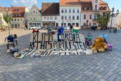 Die Installation auf dem Wurzener Marktplatz. Foto: FFF Wurzen
