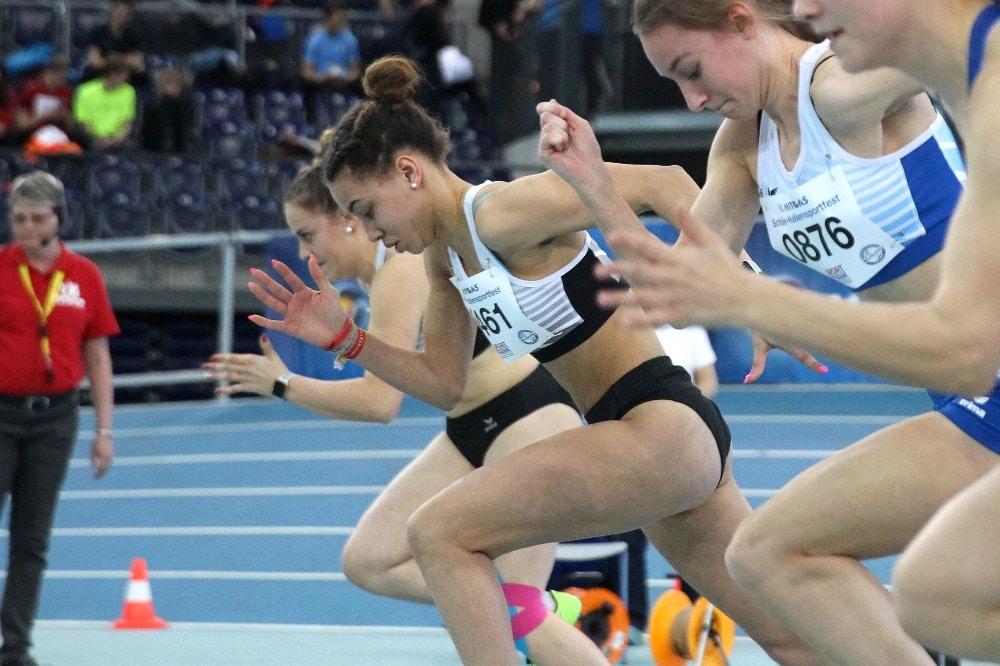 Mariam Soumah bei einem Sprintwettkampf in der Arena Leipzig. Foto: Jan Kaefer
