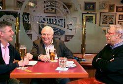 "Norman Landgraf, Gert Zimmermann und Eduard ""Ede"" Geyer (vlnr). Archivbild: Screen Video"