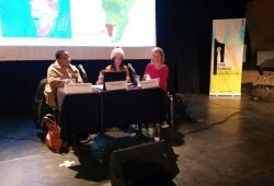 """Podiumsdiskussion von """"Leipzig Postkolonial"""" am 19.12.2019 im Ost-Passage Theater mit Esther Muinjangue and Sima Luipert. Foto: Birgit Scheps-Bretschneider"""