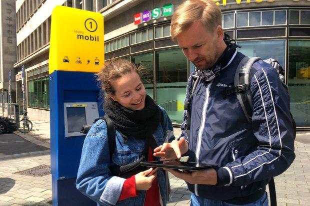 Mit dem UiZ können Jugendliche einzeln oder in Teams per App auf Klima-Rallye durch Leipzigs Innenstadt gehen. Foto: UiZ Julia Zimmerhäkel