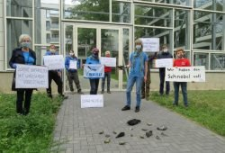 Mahnwache für die getöteten Vögel. Foto: NABU Leipzig