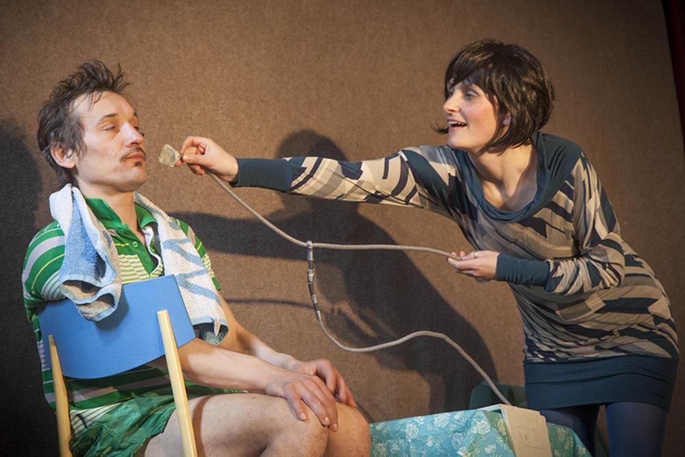 "Tragikomödie ""Offene Zweierbeziehung"". Foto: Uwe Winkler / TheaterPack"