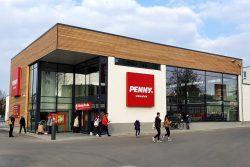Platzverschwendung: eingeschossiger neuer Supermarkt in Schönefeld. Foto: Tim Elschner