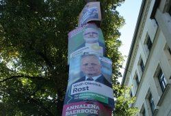 Plakathängung zur Landtagswahl 2019. Foto: Ralf Julke