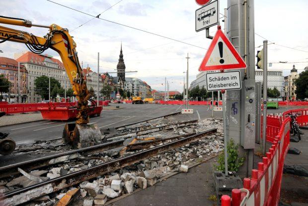 Alles offen - Schiene und Bauabsperrung. Ab Montag dann mit mehr Publikumsverkehr stadteinwärts. Foto: L-IZ.de