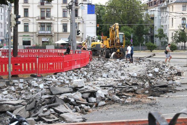 Chaos vorprogrammiert? Merkwürdige Überquerungslösungen am Sonntag, 19. Juli 2020. Foto: L-IZ.de