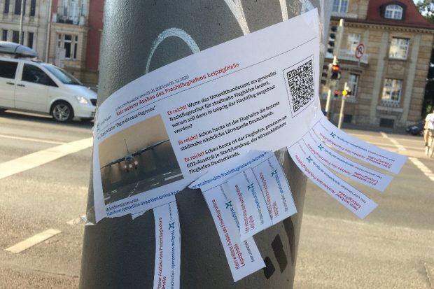 Die Petition wurde auch unter den Teilnehmern herumgereicht Foto: L-IZ.de
