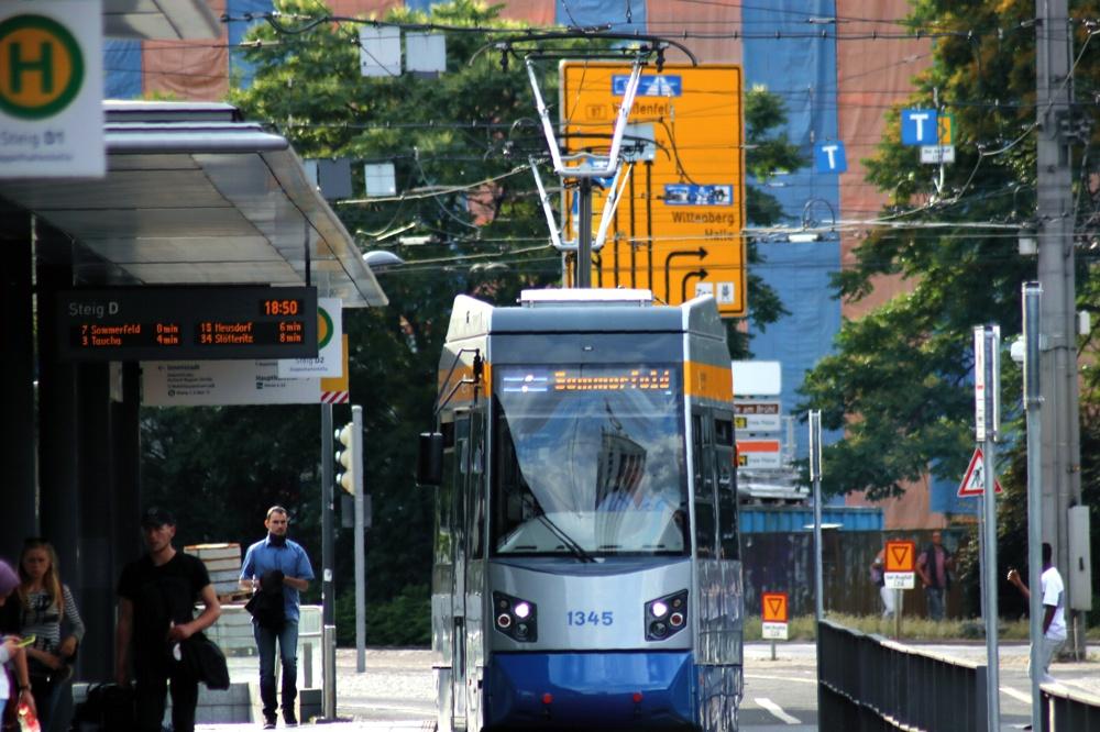 Die LVB am Hauptbahnhof. Foto: LZ