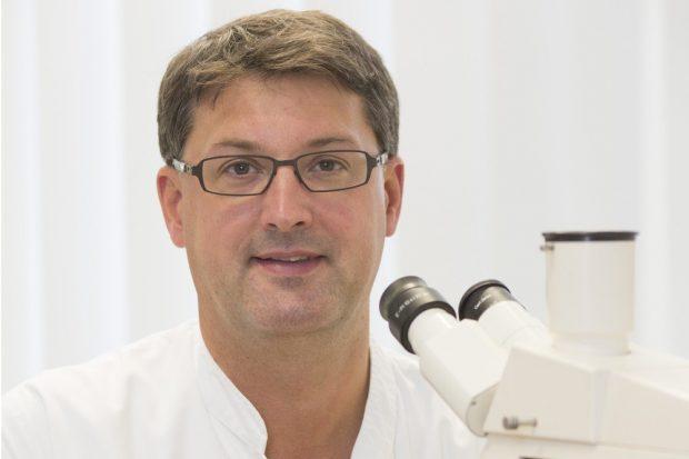 Prof. Dr. Christoph Lübbert, Leiter des Bereichs Infektions- und Tropenmedizin am Universitätsklinikum Leipzig. Foto: Stefan Straube / UKL