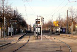 Straßenbahnhaltestelle am Waldplatz. Foto: L-IZ.de