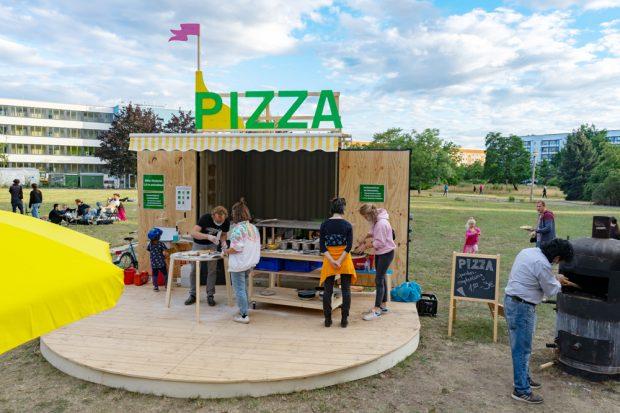 Pop-Up-Pizzeria BellaGrünau. Foto: Sascha Henken, Kollektiv Plus X e.V.