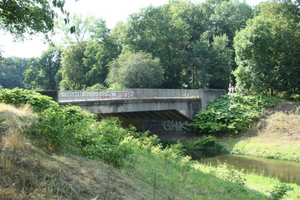 Die Brücke über die Nahle von Osten. Foto: Ralf Julke