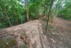Illegale Mountainbike-Strecke im Volkspark Kleinzschocher. Foto: Jürgen Kasek