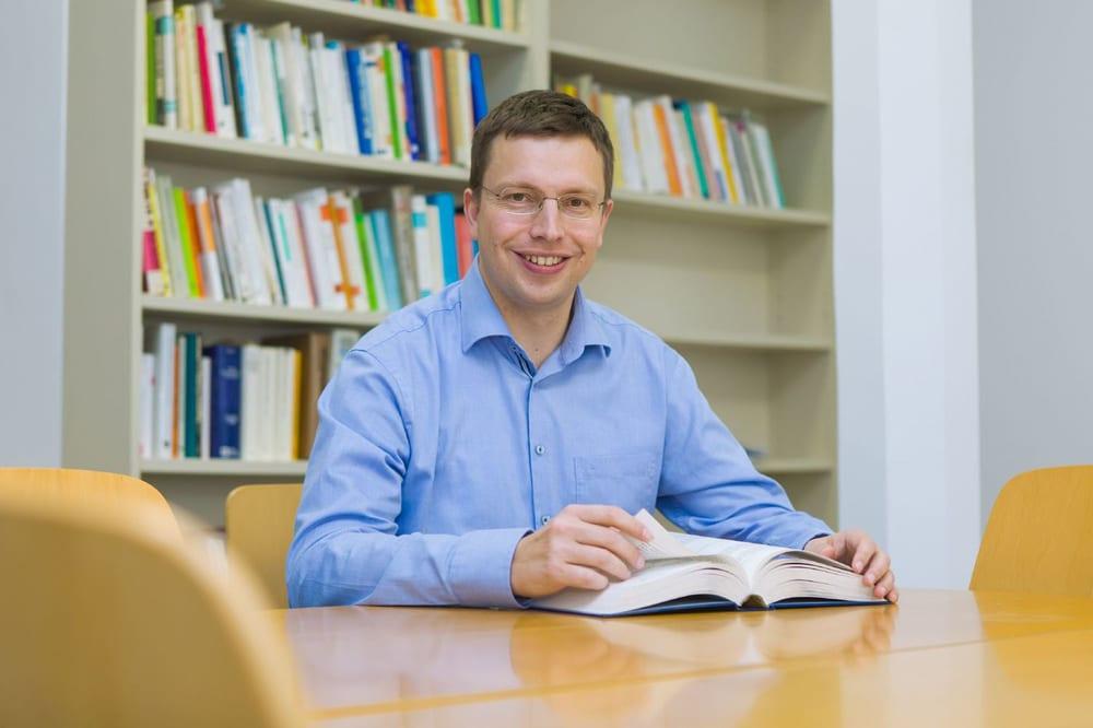 Prof. Dr. Hannes Zacher. Foto: Swen Reichhold / Universität Leipzig