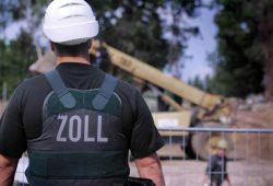 Beamte der Zolleinheit Finanzkontrolle Schwarzarbeit werden auf Baustellen oft fündig. Foto: IG BAU