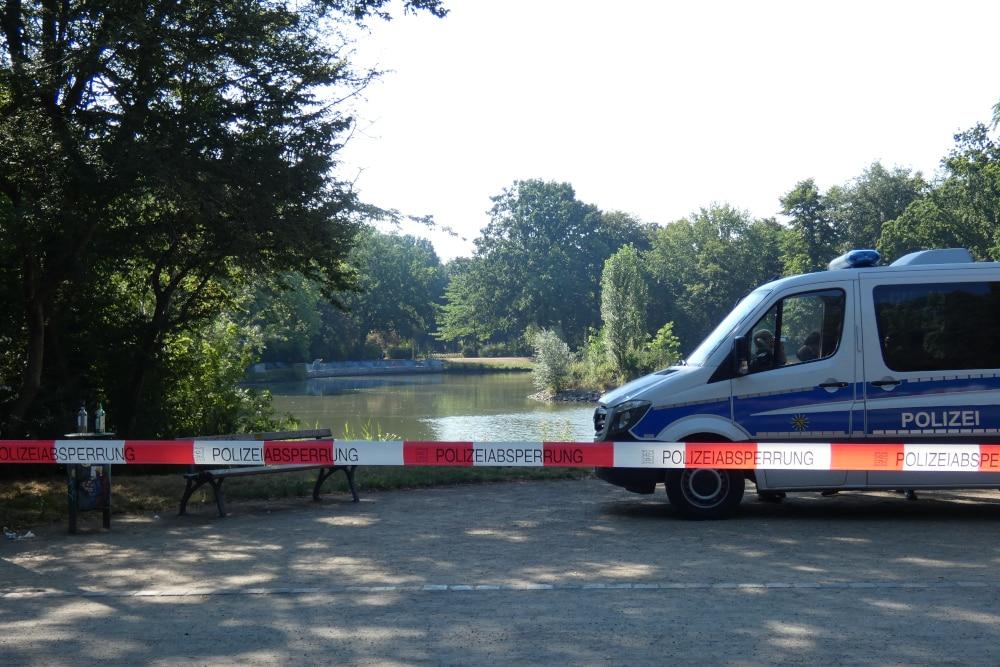 Der Inselteich ist seit Mittwochfrüh erneut weiträumig gesperrt. Foto: L-IZ.de