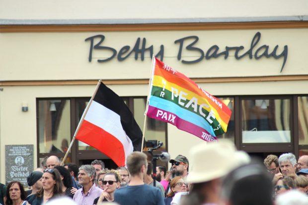 Frieden und deutsches Kaiserreich mit polnischen und französischen Gebieten am 22.8. in Leipzig - Unpassendes passend gemacht. Foto: Michael Freitag