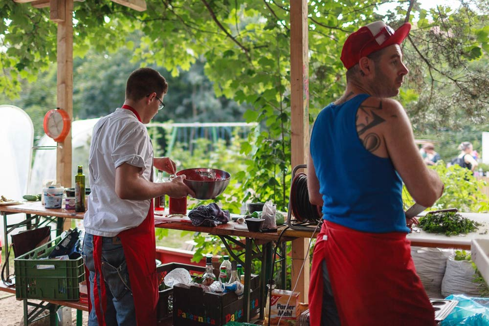 Kochen in der Annalinde. Foto: Domenik Wolf