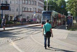 Gleiskurve am Wilhelm-Liebknecht-Platz. Foto: Ralf Julke