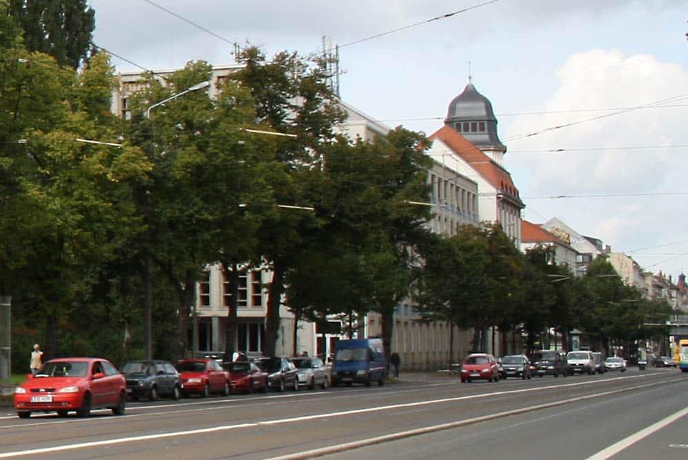 Blick zum Geutebrück-Bau der HTWK Leipzig. Foto: Ralf Julke