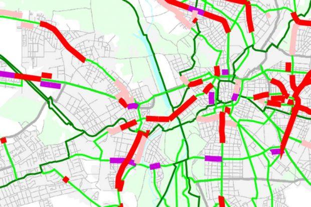 Radverkehrsentwicklkungsplan 2010 - 2020: Die Führungsmängel im Hauptnetz Radverkehr. Die Jahnallee gilt hier (grün) als vorbildlich. Karte: Stadt Leipzig