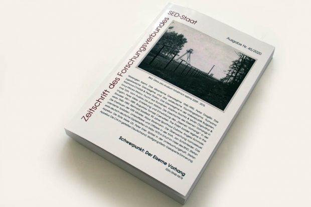 Die aktuelle Ausgabe der Zeitschrift des Forschungsverbundes SED-Staat der Freien Universität mit einem Beitrag zum Erfurter Gipfeltreffen. Foto: Ralf Julke
