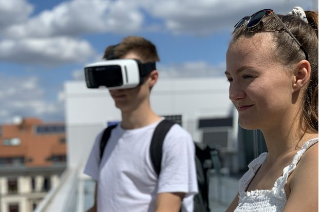 Ferienhochschule 2020: Hidden-Campus-Tour – Besichtigung des Campus' der HTWK Leipzig in der Karl-Liebknecht-Straße. Quelle: Stefan Schmeißer/HTWK Leipzig