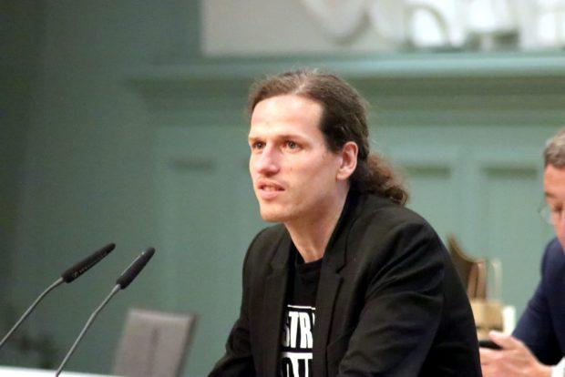 Jürgen Kasek (Grüne) im Stadtrat. Foto: L-IZ.de
