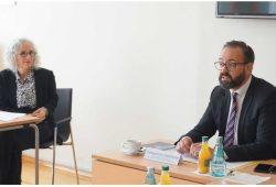 Direktorin Yfaat Weiss und Wissenschaftsminister Sebastian Gemkow. Quelle: Leibniz-Institut für jüdische Geschichte und Kultur – Simon Dubnow