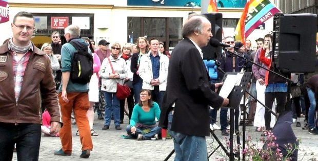 Nils Wehner (links) ist zum bestimmenden Mann bei Querdenken Leipzig geworden. © L-IZ.de
