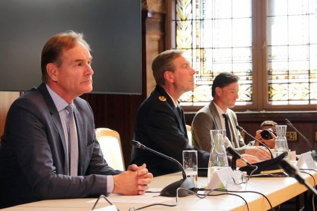 Pressenkonferenz am 8. September 2020 mit OB Burkhard Jung, Polizeipräsident Torsten Schultze und Ordnungsdezernent Heiko Rosenthal. Foto: L-IZ.de