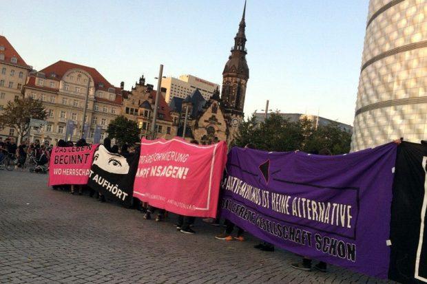 Schlusskundgebung auf dem Richard-Wagner-Platz. Foto: L-IZ.de