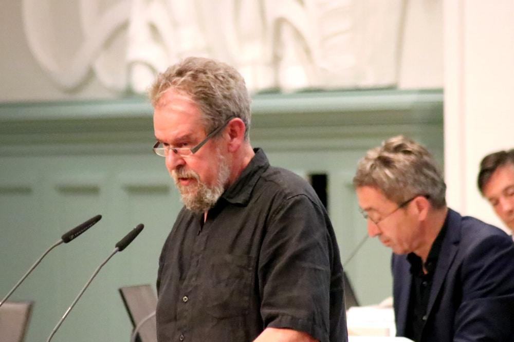 Thomas Köhler (Piraten, Frebeuter-Fraktion) wurde am 16. September im Stadtrat mal ganz grundsätzlich bei der Gefährdung von Radler/-innen in Leipzig. Foto: L-IZ.de