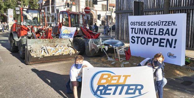 Beltretter-Aktion vor der Kongresshalle am 22. September. Foto: Beltretter
