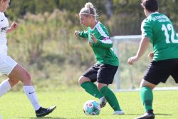 ELS-Kapitänin Michelle Förster am Ball. Foto: Jan Kaefer