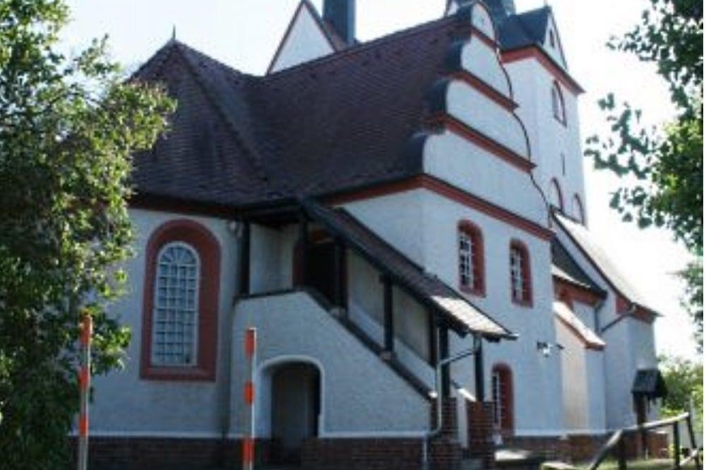 Die Gnadenkirche in Wahren. Foto: Ralf Julke