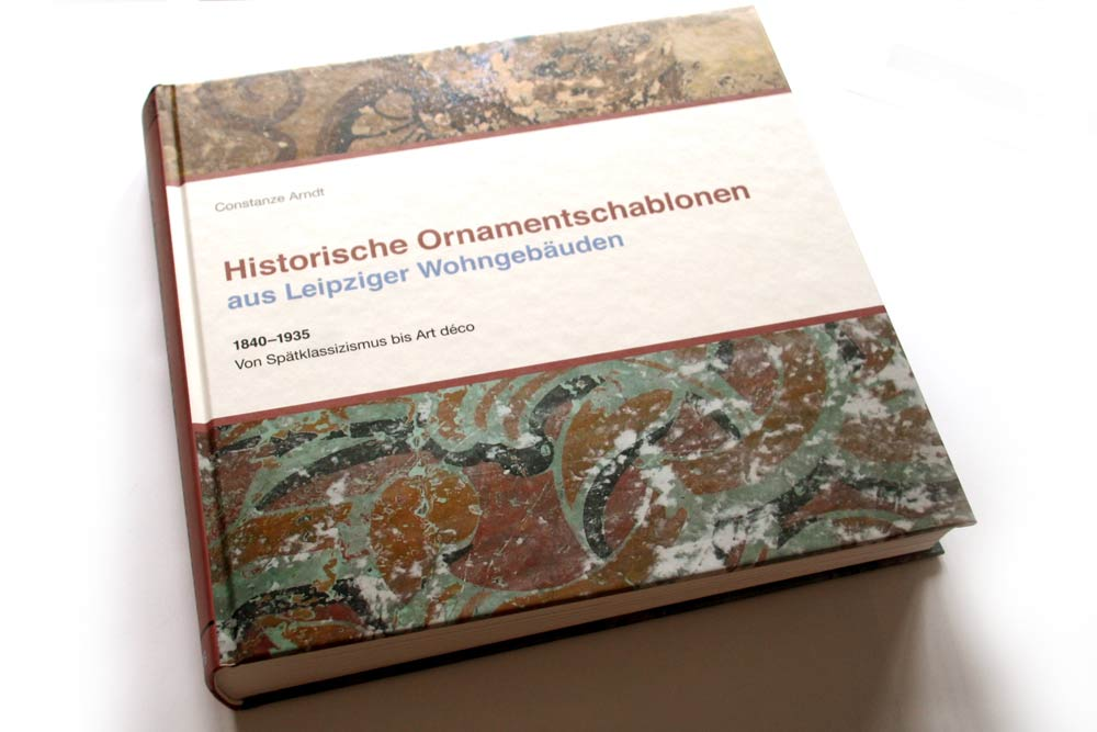 Constanze Arndt: Historische Ornamentschablonen aus Leipziger Wohngebäuden. Foto: Ralf Julke