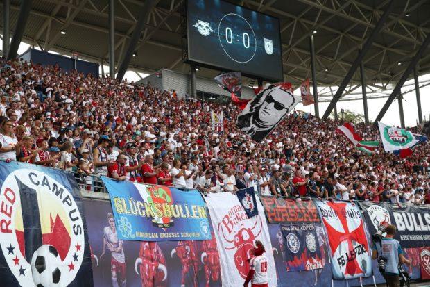 RBL darf bald wieder Fans ins Stadion lassen. So wie hier wird es dann aber nicht aussehen. Foto: Gepa Pictures