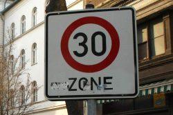Tempo 30 für die Georg-Schwarz-Straße. Foto: L-IZ